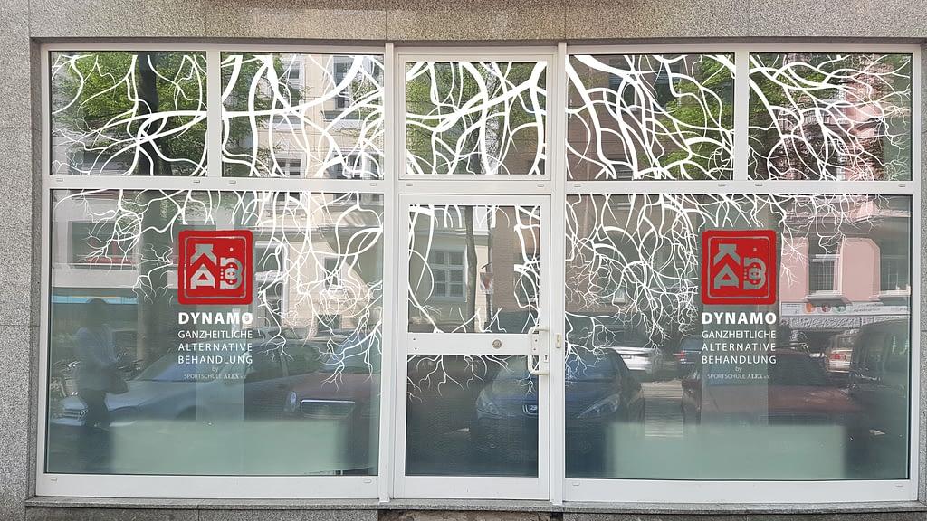 Schaufenstergestaltung DYNAMO Gesundheitszentrum